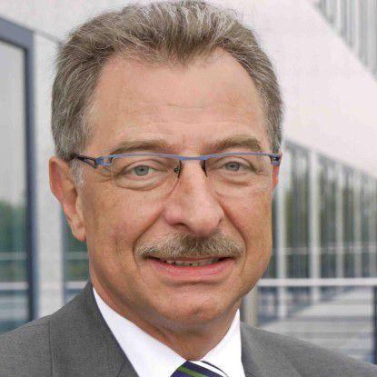 """Bitkom-Präsident Dieter Kempf verlangt """"Angebote, die den Unternehmen echte Entlastungen bringen""""."""