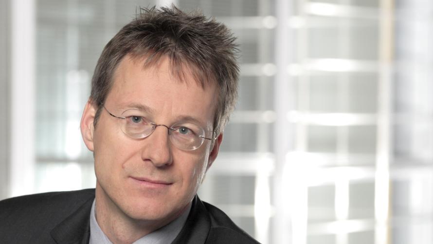 <b>Manfred Immitzer</b>, NSN, gewinnt den &quot;Global Exchange Award 2013&quot;. - 890x