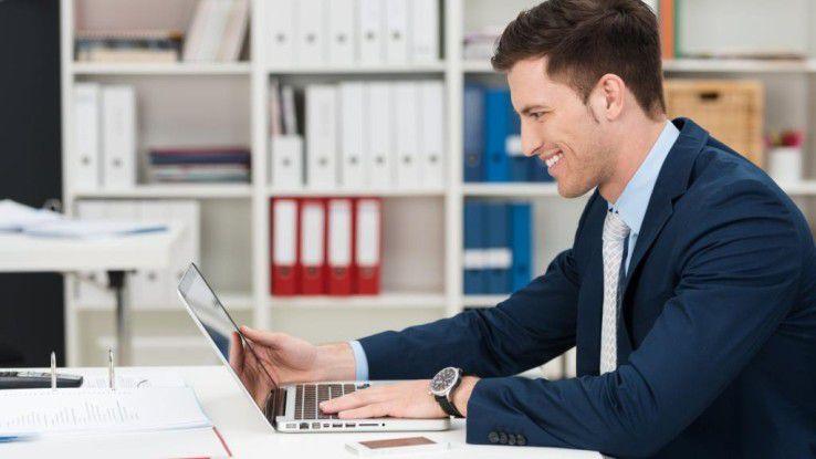 Im Durchschnitt sitzt jeder Erwachsene 11,5 Stunden täglich, davon die meiste Zeit im Büro.