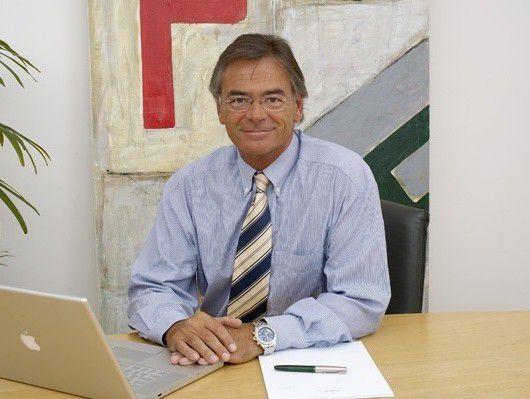Personalberater Christian Pape kann die Euphorie vieler Unternehmen über das Online-Recruiting nicht teilen.