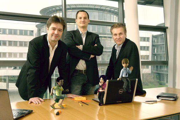 Wer seinen Avatar schön einkleiden will, muss bezahlen: Die Firmengründer Ingo Frick, Stefan Lemper und Alexander Jorias (von links) mit drei Avataren aus ihrem Club Cooee.